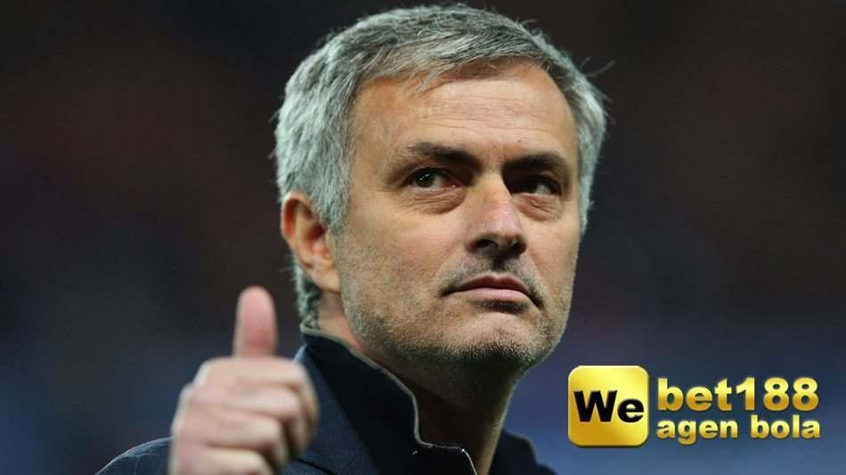 The Special One Akan Menanggani Manchester United Musim Depan