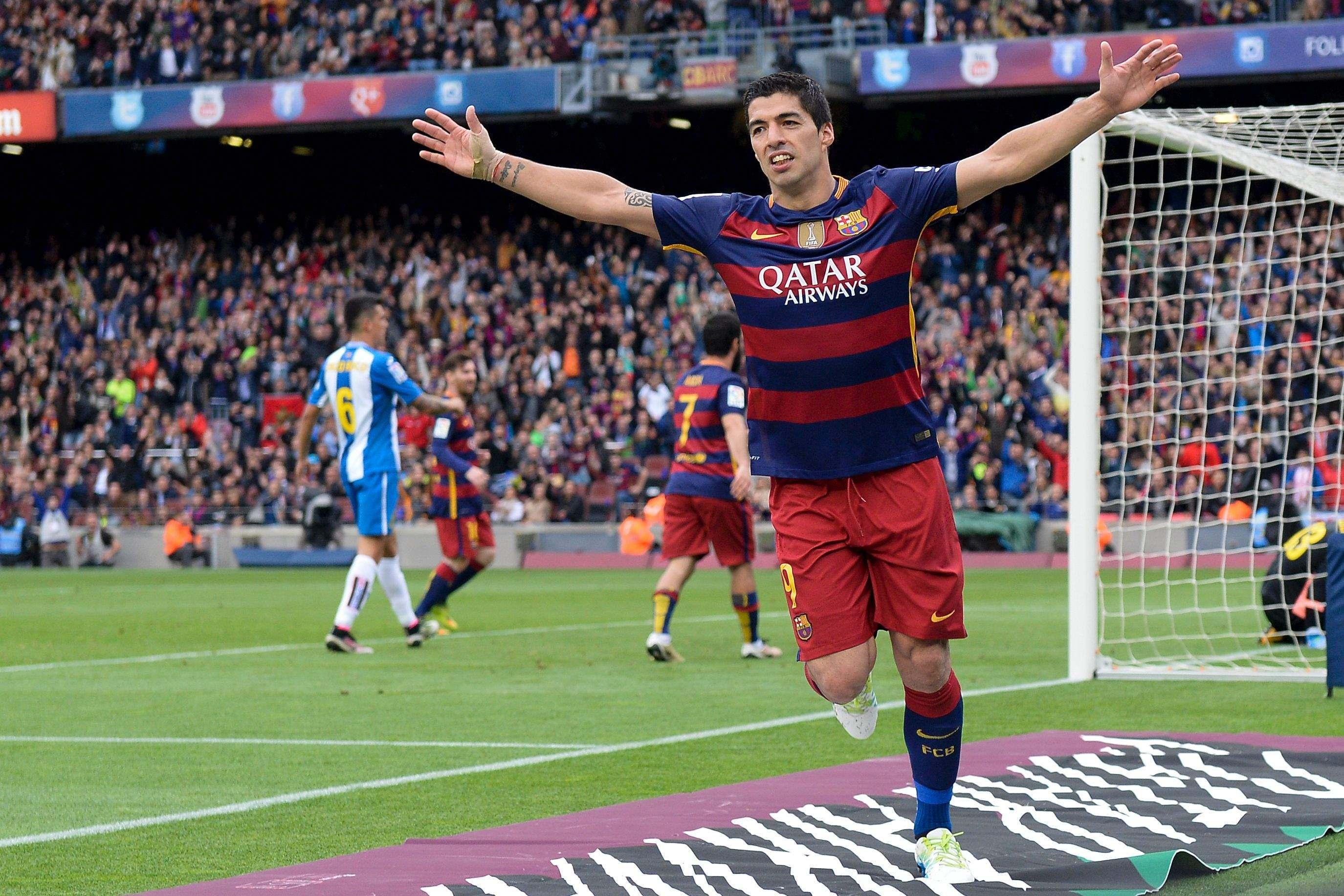 Suarez Hat-trick 3-0 Granada webet188